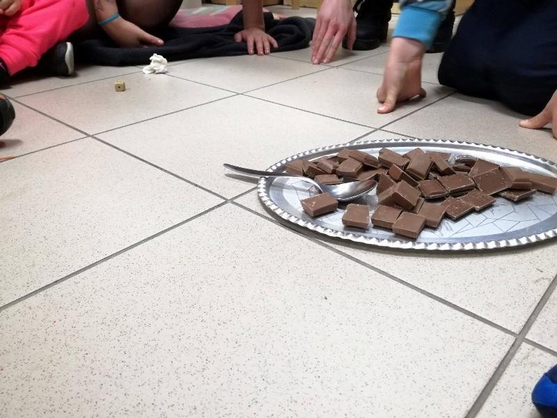 S dětmi a dobrovolníky v azylovém domě